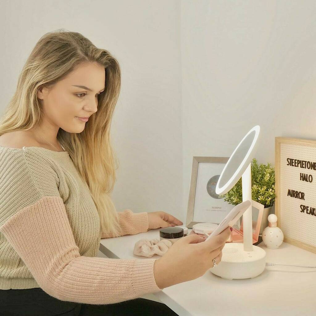 Steepletone Halo Makeup Mirror And Bluetooth Speaker